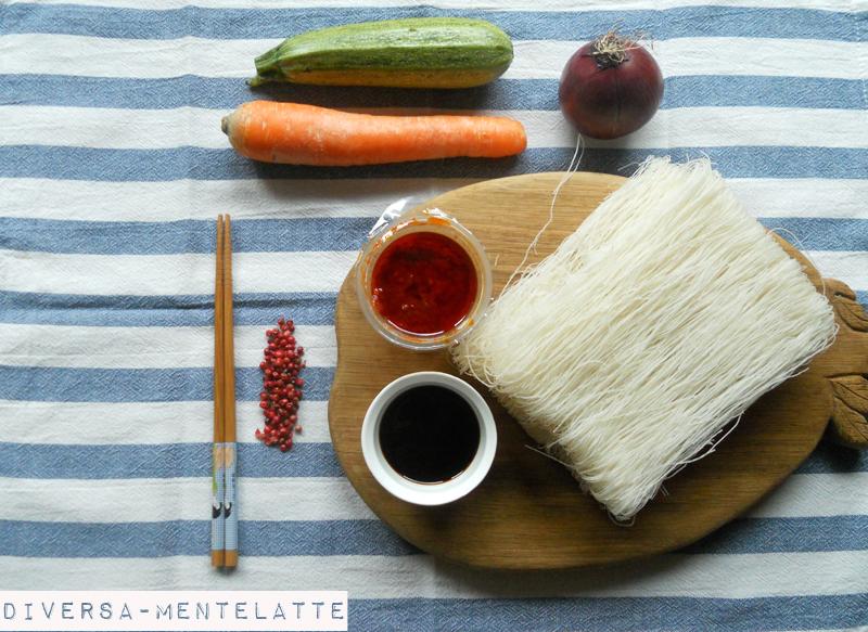 Ingredienti vermicelli di riso alla sichuan