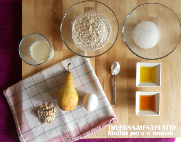 Ingredienti per muesli alla pera e muesli