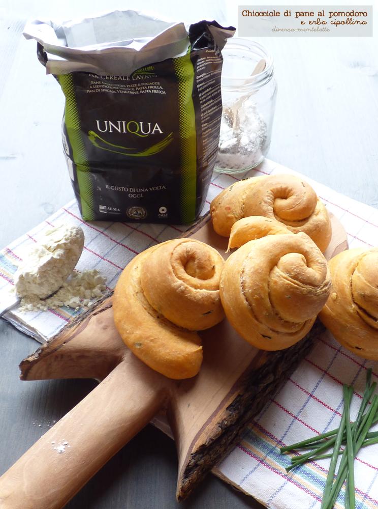 chiocciole di pane al pomodoro con farina uniqua