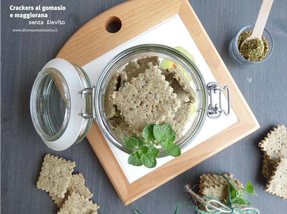 crackers al gomasio e maggiorana senza lievito