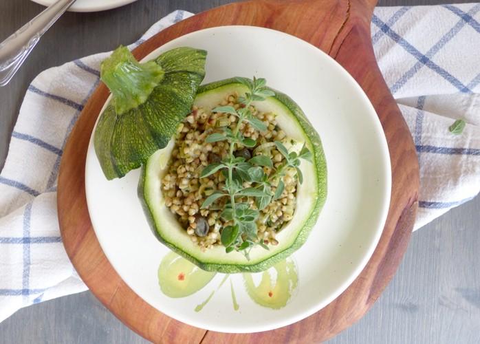 Zucchine tonde ripiene di grano saraceno