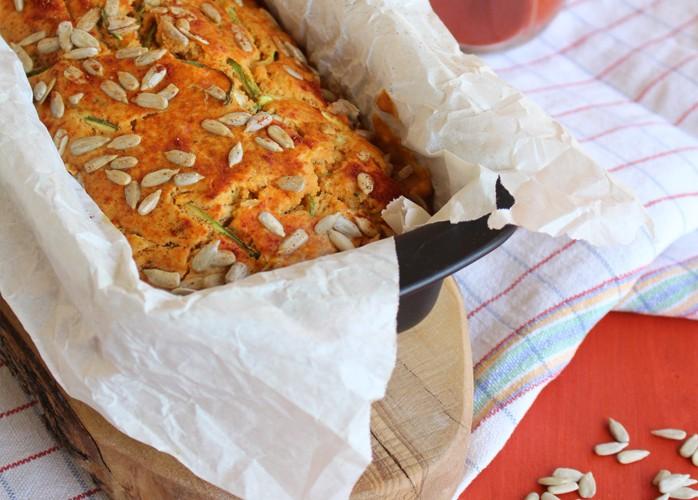 Plumcake salato alle zucchine e semi di girasole