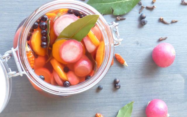 Ravanelli e carote sotto aceto