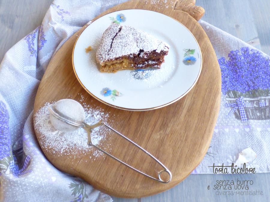 fetta di torta bicolore senza burro e uova