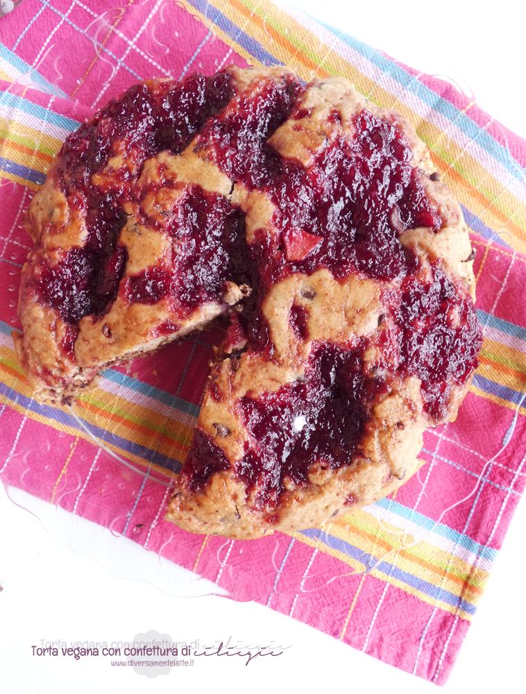 torta con confettura di ciliegia