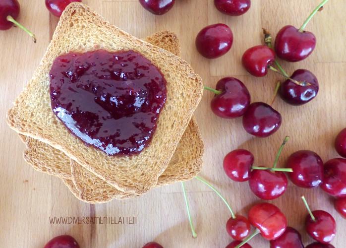 Confettura di ciliegie e zenzero