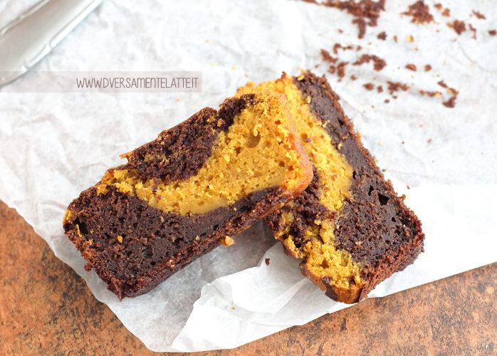 Cake bicolore alla zucca senza burro e senza uova
