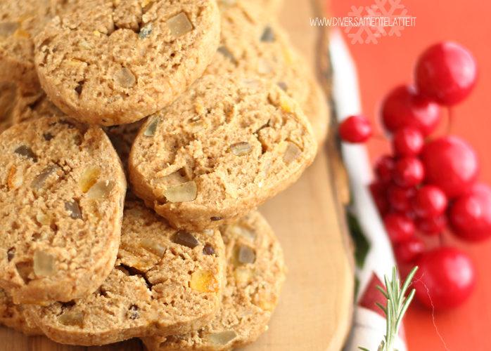 Biscotti con frutta candita senza burro e senza uova