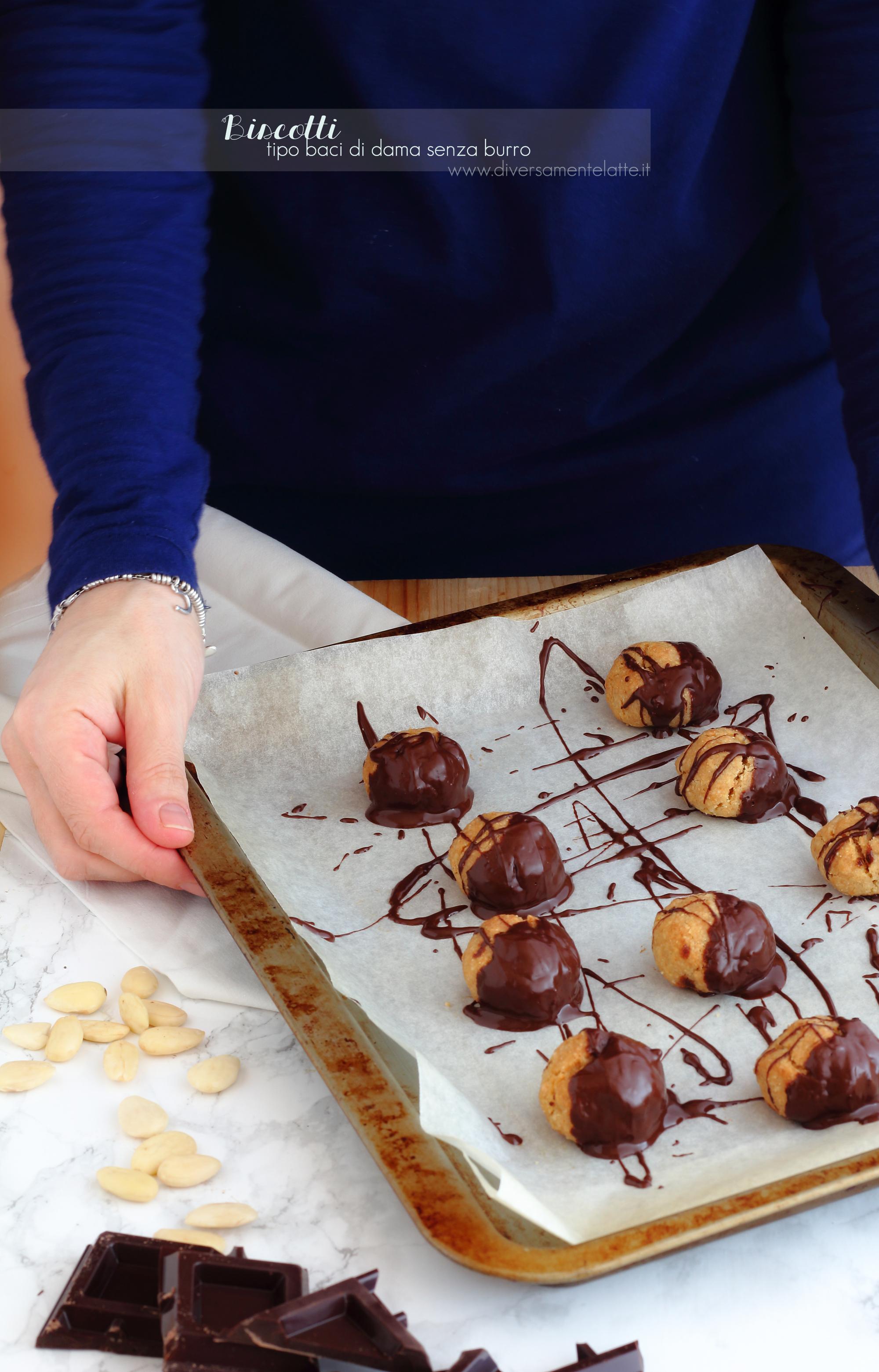 biscotti tipo baci di dama