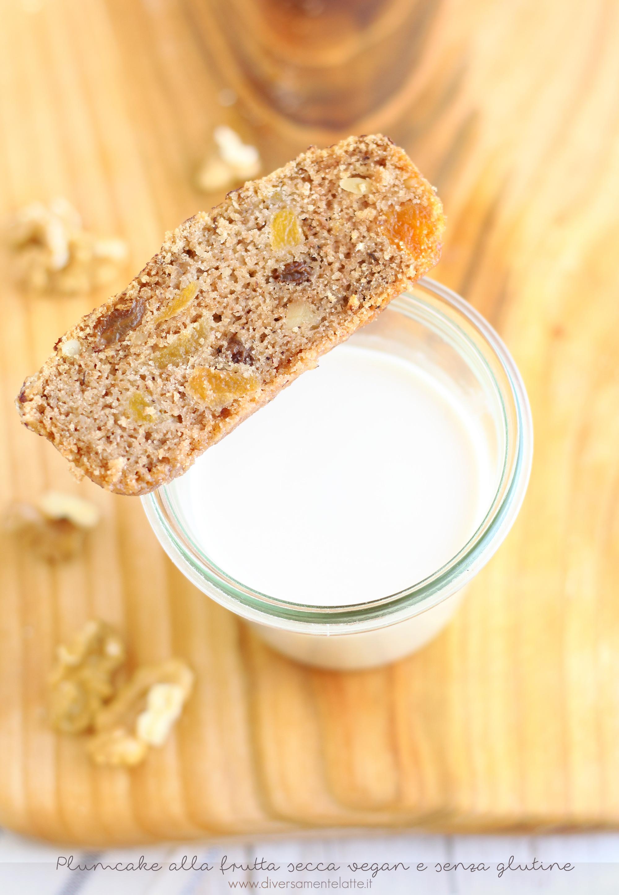 plumcake con lo scarto del latte di noci