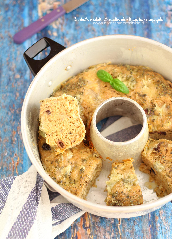 ciambella salata alle cipolle nella pentola fornetto