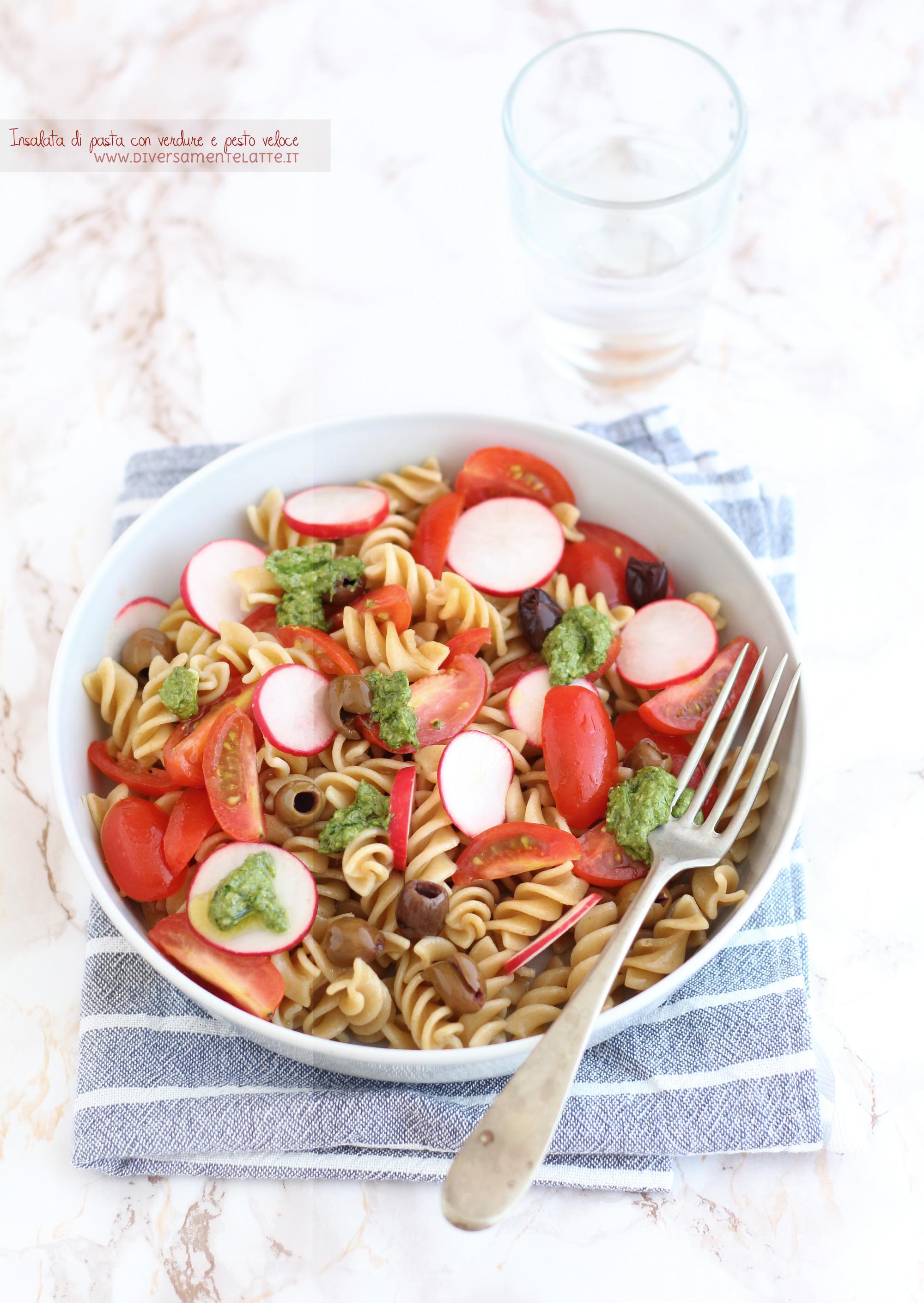 insalata di pasta con verdure e pesto