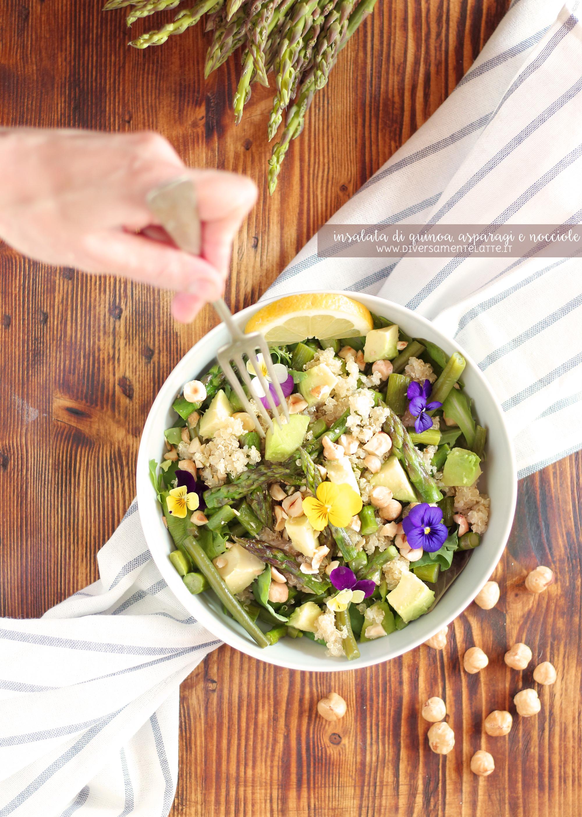 insalata di quinoa, asparagi e nocciole