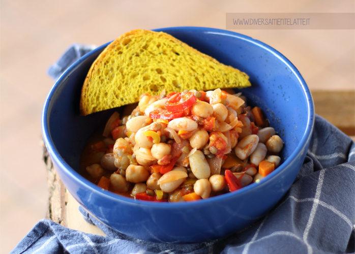 Misto di legumi: fagioli borlotti, ceci e lenticchie piccanti