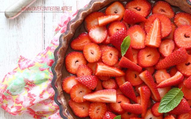 Crostata alle fragole e cioccolato
