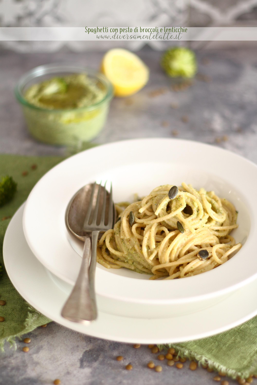 spaghetti con pesto facile