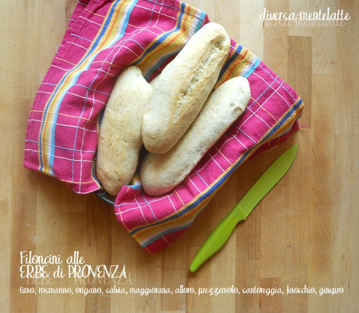 Filoncini di pane alle erbe di provenza