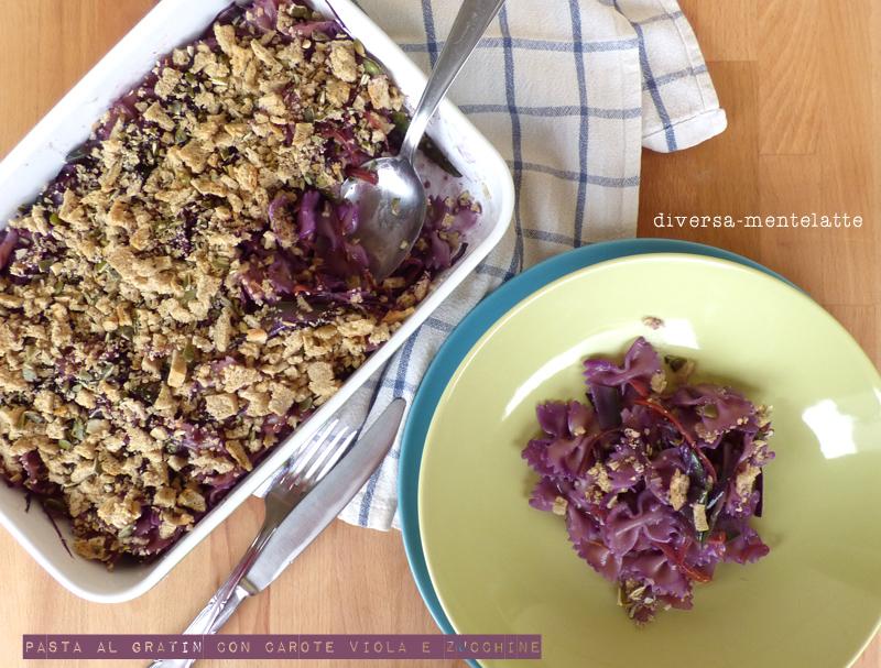 Pasta al gratin con carote viola e zucchine
