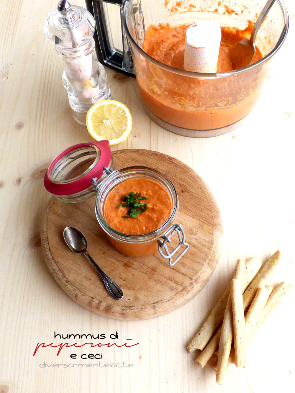 hummus di peperoni e ceci con paprica