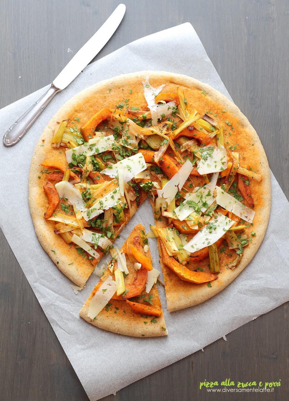 pizza alla zucca e porri vegetariana