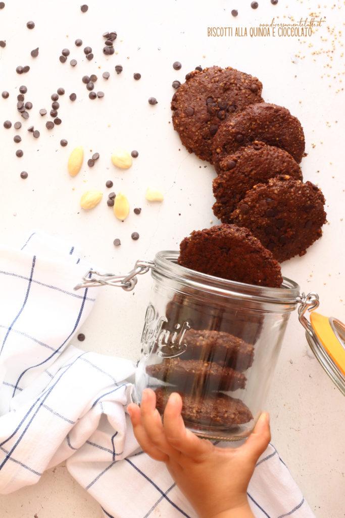 biscotti alla quinoa e cioccolato senza burro
